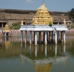 India_Hindu_temple_reflection